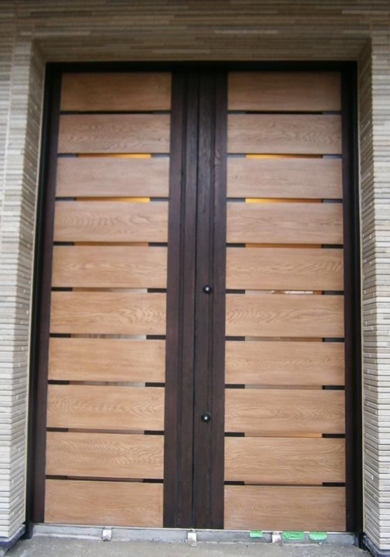 S邸玄関ドア外観