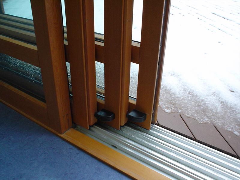 千葉某保健福祉センター 木製サッシ