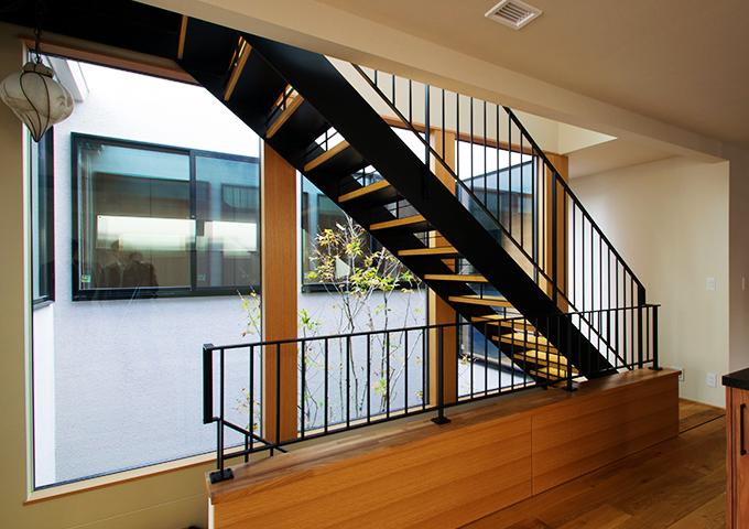 スチール階段・手すり1