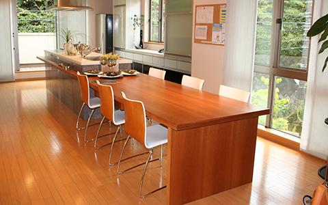 木製オーダー家具・カウンターテーブル
