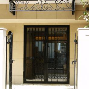 アイアン ドア1